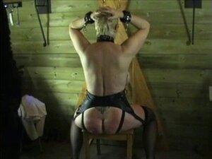 Sklavin vorführung