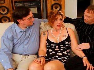 Ehefrau Geliebte die Lesbische fickt Business Frau